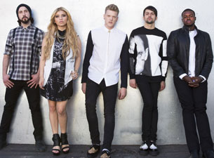 A Pentatonix Christmas Tour at The Chicago Theatre on Tue Dec 5 ...
