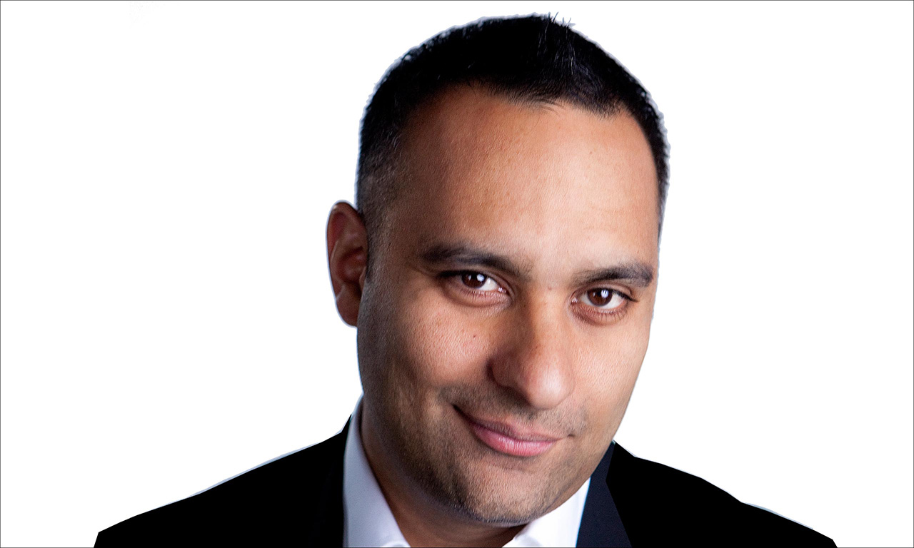 russell peters The real russell peters 1,175,177 likes 1,345 talking about this this is the official russell peters facebook page follow russell on.