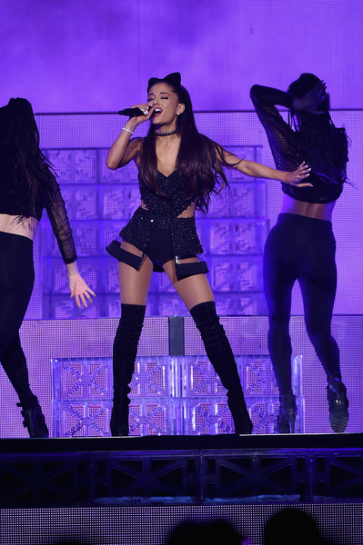 Ariana Grande At Shoreline Amphitheatre On Tue Sep 8 2015 7 00 Pm Pdt Live Nation